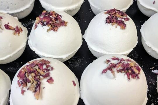 Home-Made White Bath Bombs